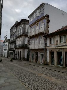 Caminho Portugues Tag 7 - alte Gebäude